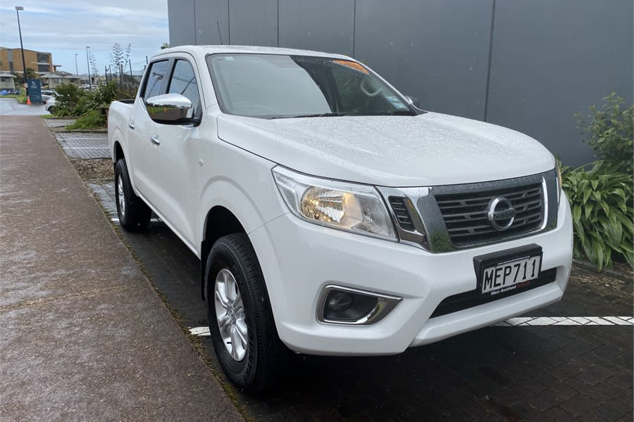 Navara RX 4WD From Just $167 Per Week!